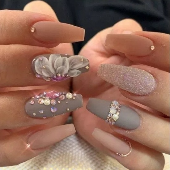 Nails art gia Xristougena8